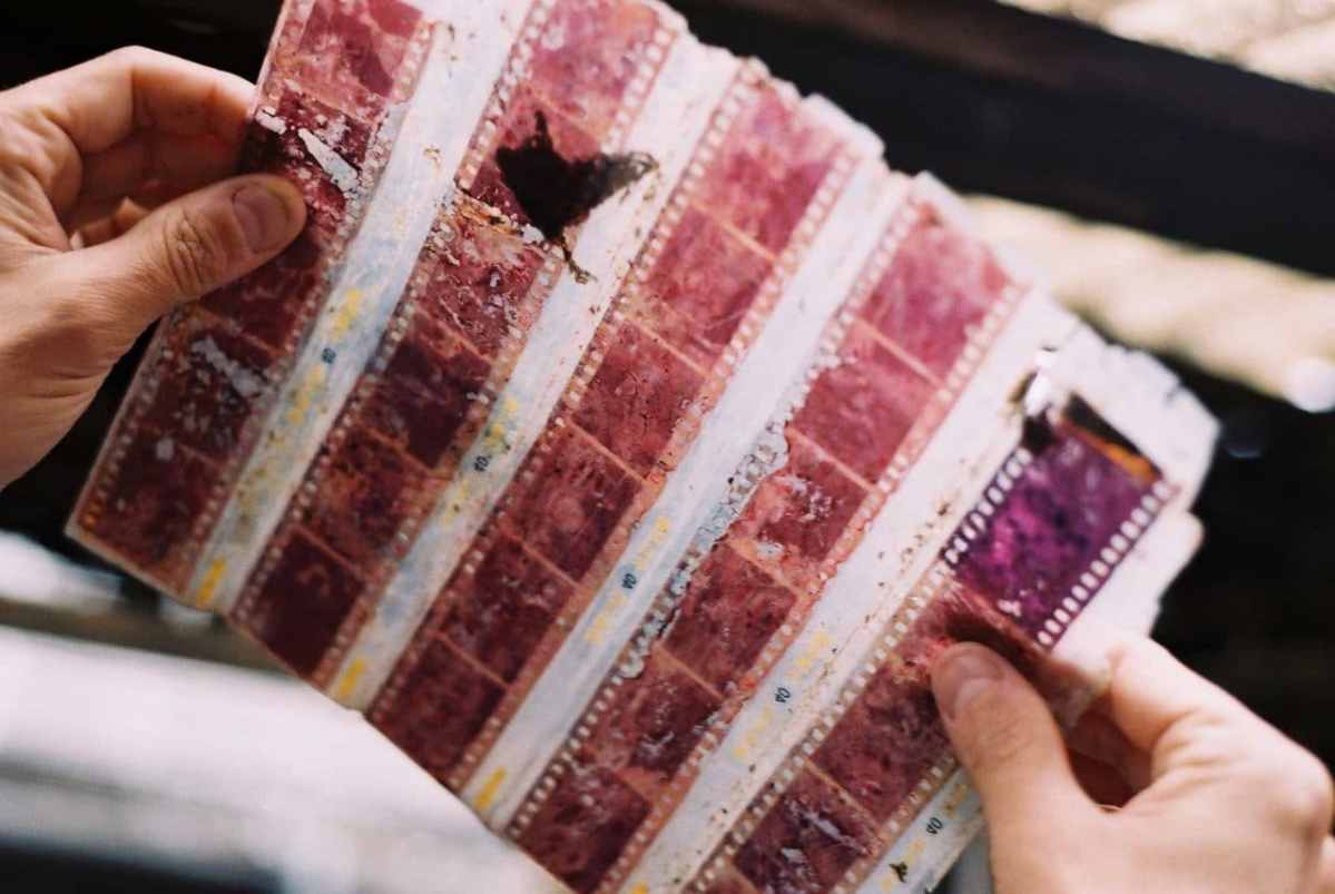 Forever memories - Shot on Fuji Superia Premium 400 at EI 400 (35mm format)