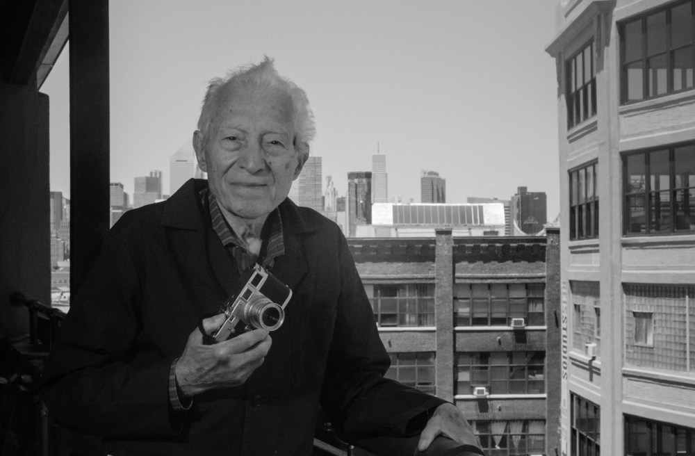 Tony and his Leica M3 - Manolo Salas