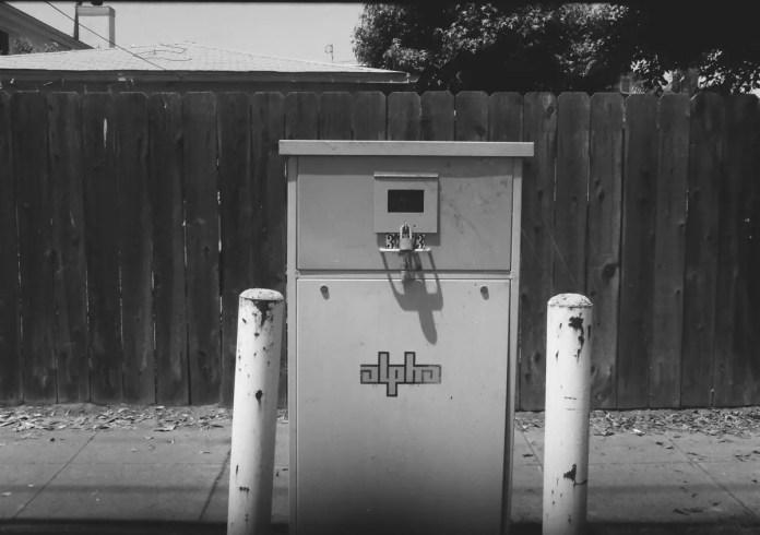 5 Frames With... Kodak T-MAX 100 ( EI 25 / 35mm / Yashica Samurai X3.0) - Dan Marinelli