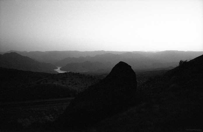 Scenic View - Kodak Tri-X 400 pushed to EI 1600 - Leica M6 + Summicron 50mm