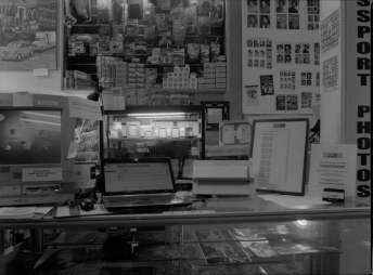 Photoreal - At the counter