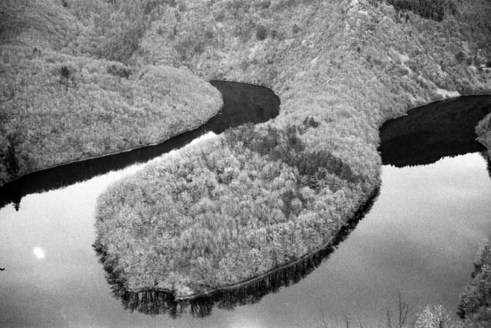 The Meander of Queuille, France - Focasport 1D, Kodak Tri-X 400