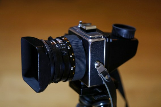 Hasselblad 903 SWC with focus screen and Hasselblad Reflex Viewfinder RMFX 72530