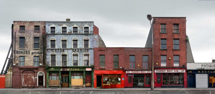 Antique Shops and Auction House, Lower Ormond Quay, Dublin, 1988 - Rolleiflex T, Kodacolor