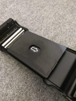 Fuji GW690III - Film door pressure plate (120)