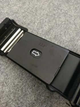 Fuji GW690III - Film door pressure plate (220)