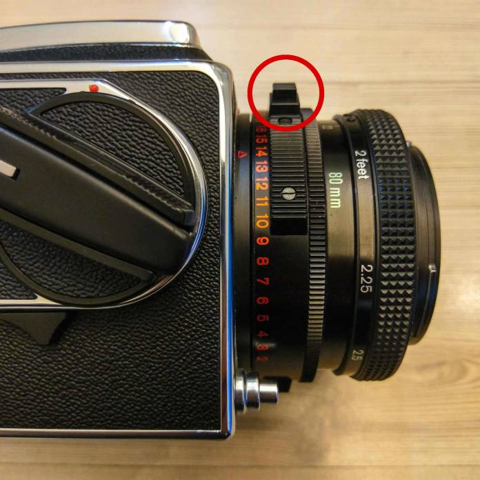 Hasselblad 2000FCW - Shutter speed dial + lens EV numbers (marked)