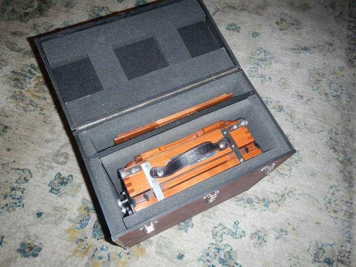 BOMM V810 box