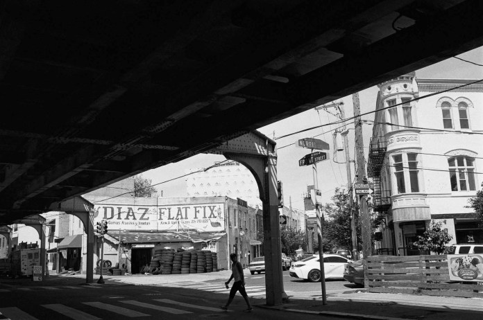 Diaz Flat Fix, Nikon F2AS, 35mm f/1.4 AI, Eastman Double-X