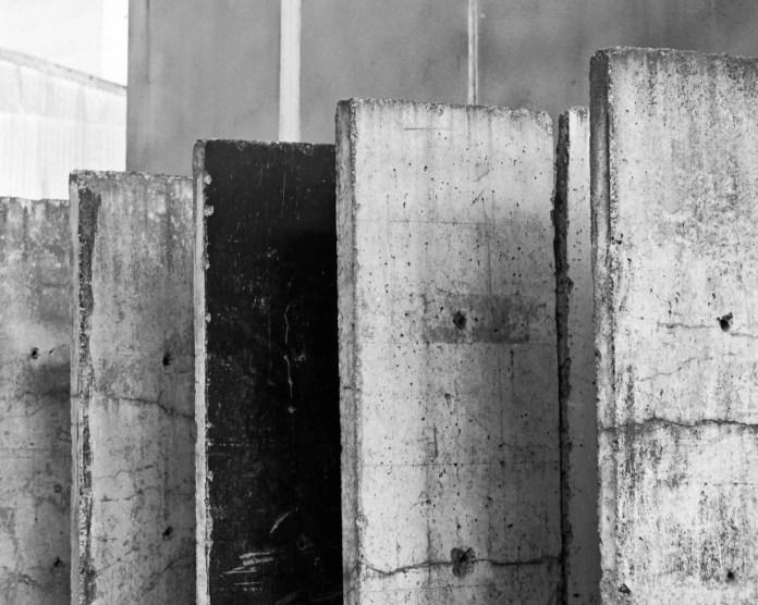 Concrete barriers - M6, Summicron-M 50mm, Adox HR-50