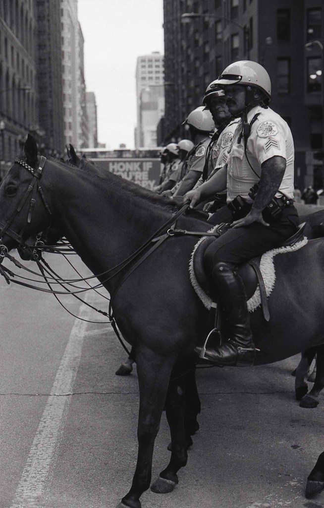 Following in Vivian Maier's footsteps - Chicago police
