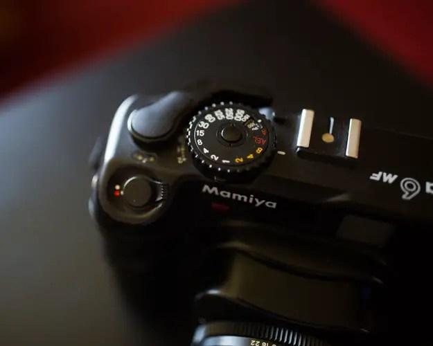 Mamiya M6 MF shutter speed dial, button and lock
