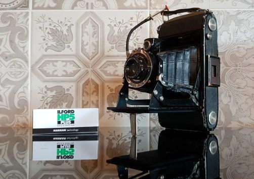 Graham Binns is shooting a 1936 Zeiss Ikon Nettar and ILFORD HP5 PLUS