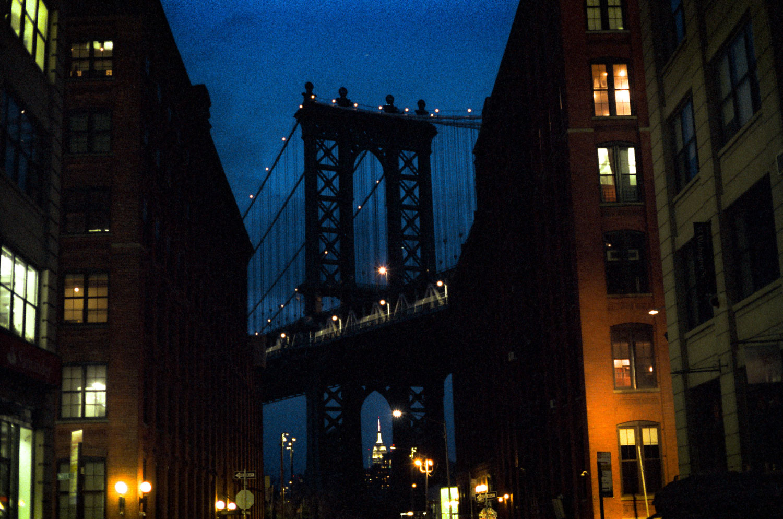 5 Frames With... Kodak VISION 500T 5219 (EI 800 / 35mm / Leica M6 TTL) - by Wyatt Clough