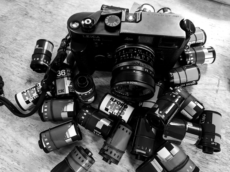 Leica M6, Elmarit 28mm all set for the trip