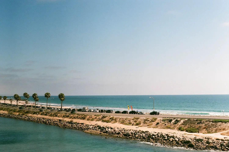 Fujicolor C200 - Beach (Under -1)