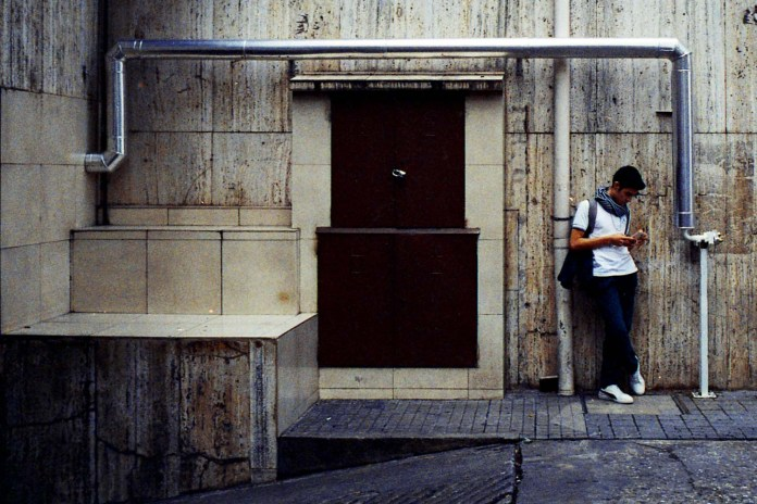 5 Frames With... Kodak Pro Image 100 (35mm : EI 800 : Nikon F100_ - by Sebastian Mas
