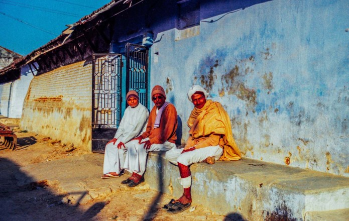 3 wise men. Jesangpura, India. Yashica FX-D