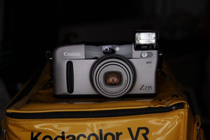 Canon SURE SHOT Z135 - Front