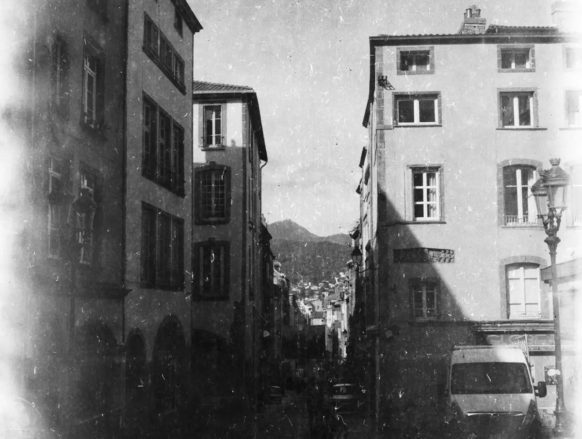 Rue des Gras, Clermont Ferrand - PRIMOR B2 Panchromatisch, EI 6, as metered - F/22, 1/4s
