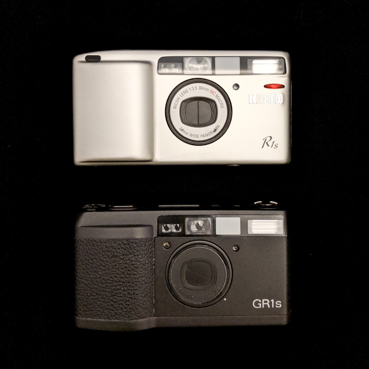 Ricoh GR1s and R1s - front