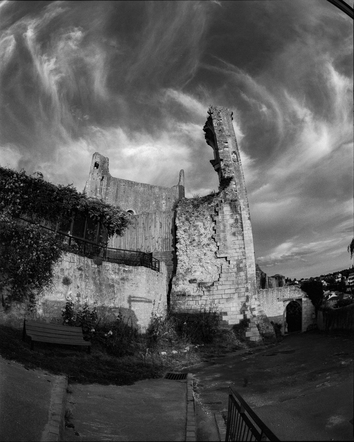 Chauvigny old castle (Vienne, Shot with the red R60 filter)