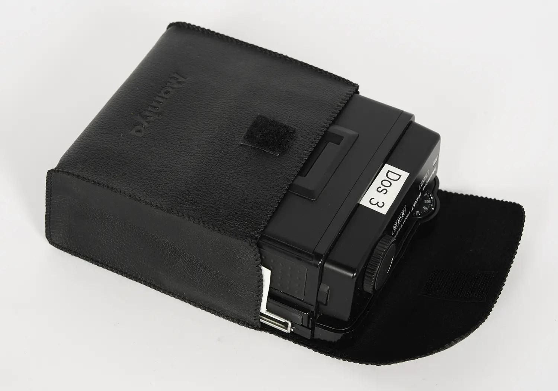 Mamiya RZ67 film holder pouch