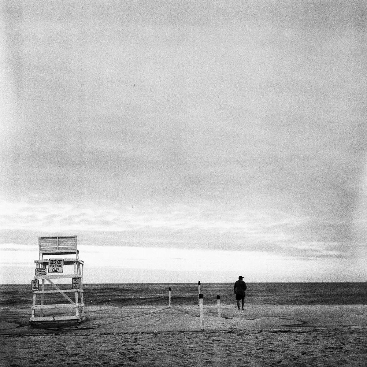 5 Frames With... Kodak Tri-X 320 (120 / EI 320 / Rolleiflex Automat 6x6 Model 2 K4B) - by Christopher Massa