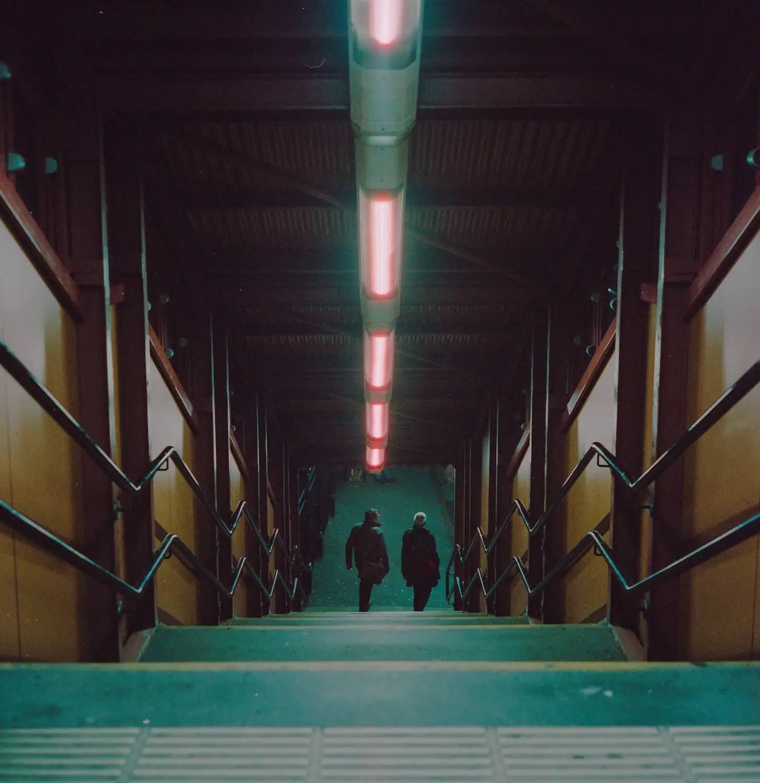 5 Frames With... CineStill 800T (EI 400 / 120 / Rolleiflex 2.8F) - by Kris Askey