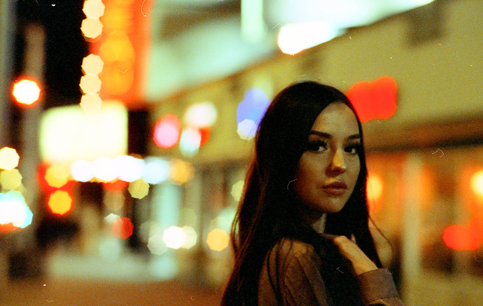 5 Frames With... Cinestill 800T (EI 1250 / 35mm format / Contax 159 MM) - by Dusty Traill-Forbyth
