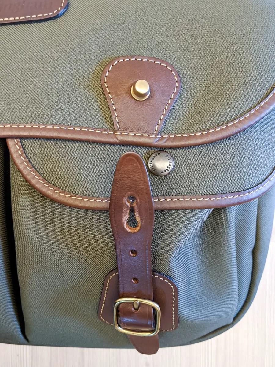 Billingham Hadley Pro 2020 - Detail - Main pocket clasp