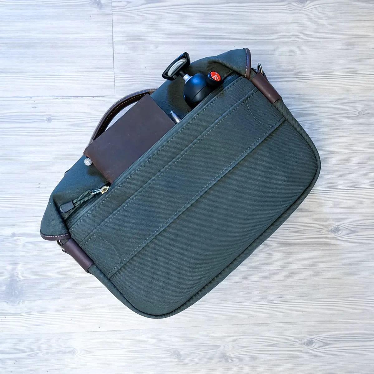Billingham Hadley Pro 2020 - Detail - Rear pocket with stuff