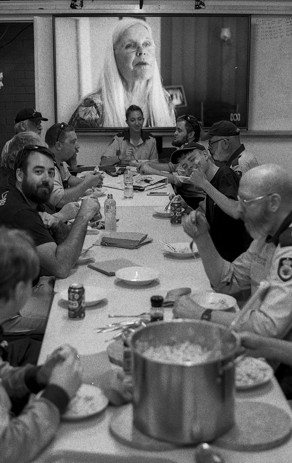 The Australian NSW bushfires on film - Dinner - Olympus OM-2n, 50mm F/1.8, ILFORD HP5 PLUS at EI 800