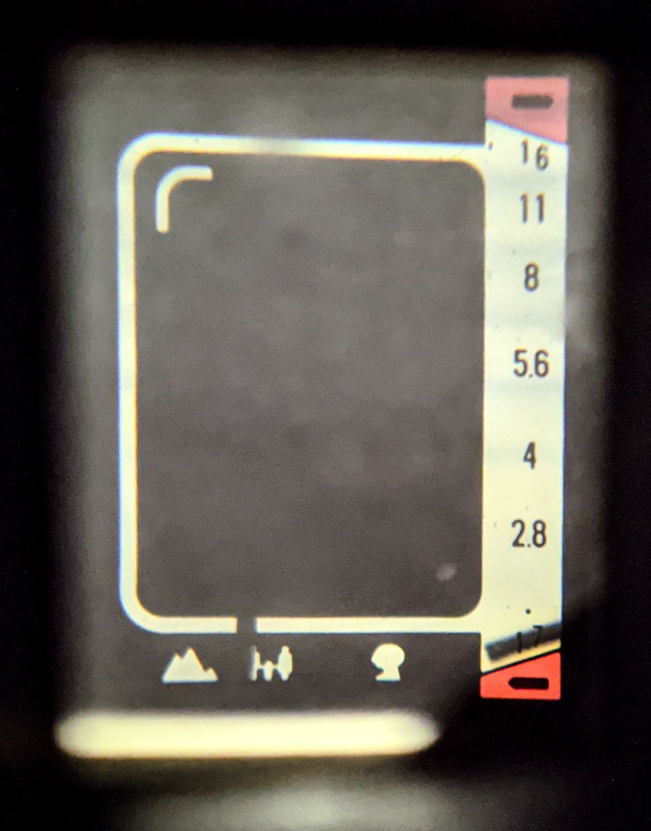 Inside the vertical viewfinder - Canon Demi EE17