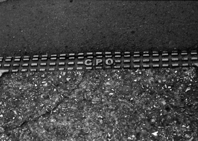 Evidence that it is possible to use the M1 and Visoflex combination hand held in the street! ILFORD FP4 PLUS 1:60th sec at f:4