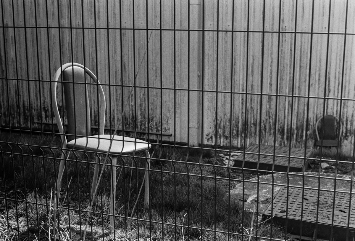 No petting or feeding the chairs - ILFORD HP5 PLUS, Minolta SRT 101b, MD Rokkor 50mm f/1.7 - Nigel Fishwick