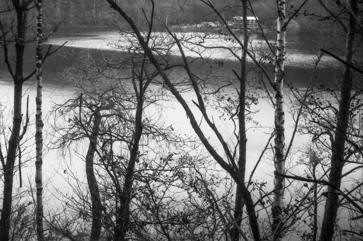 5 Frames... Of Winter in Northern Italy on Film Washi A (EI 12 / 35mm Format / Voigtlander Vito B) - by Ivan B. Palli