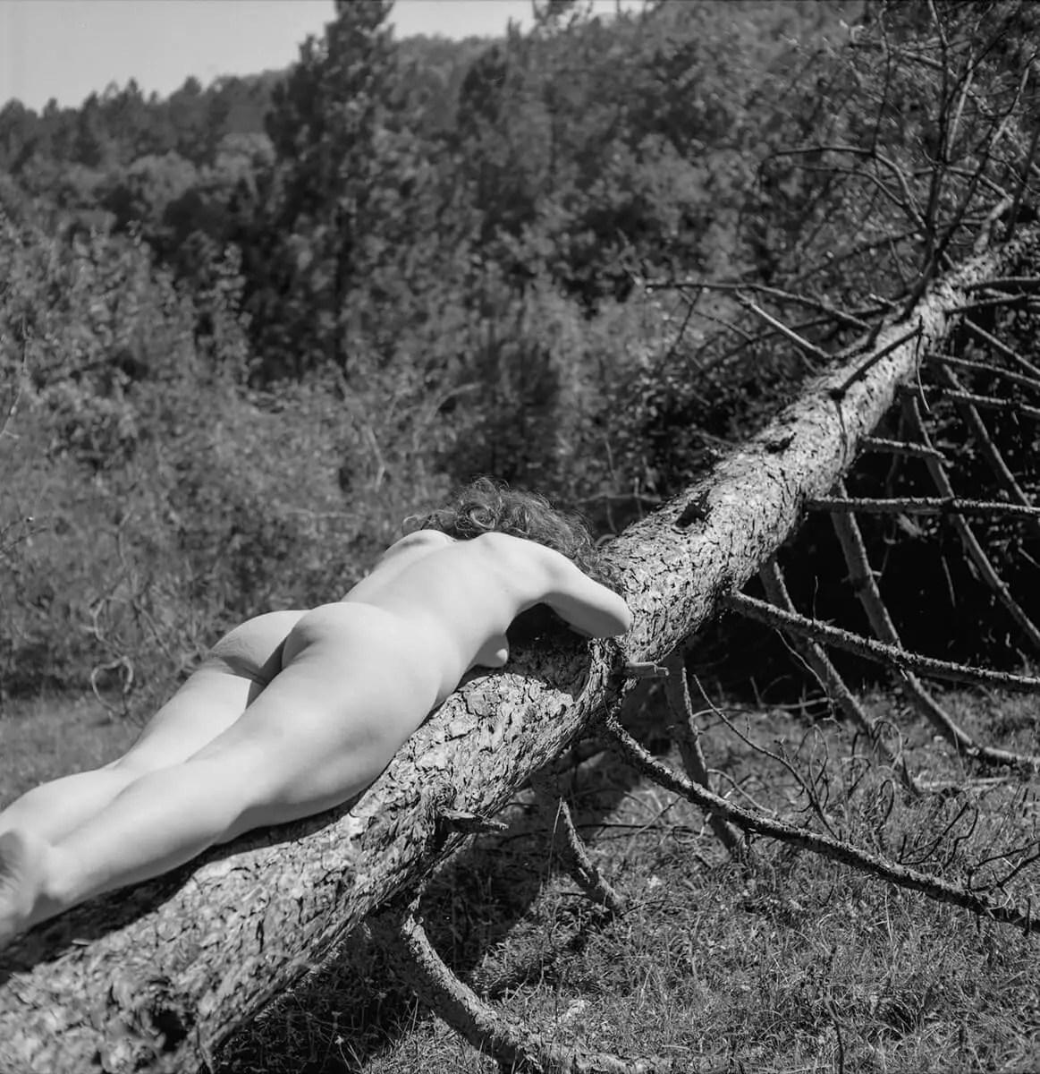 In Conversation With... Sofi Mdvinishvili - Tiblisi's analogue photography scene (NSFW) - by Neto Macedo
