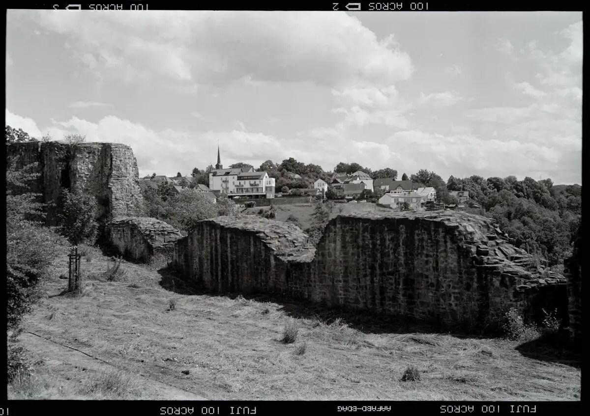 5 Frames of the smallest town in Germany: Blankenberg on respooled Fujifilm NEOPAN 100 ACROS (Kodak Medalist II / 120 format / EI 100) - by Rainer Otter