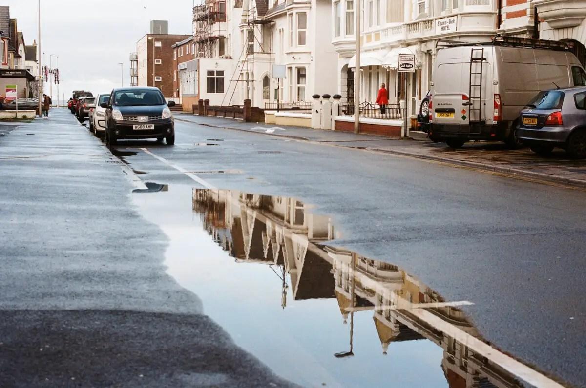 5 Frames... Of a desolate Blackpool with Kodak ColorPlus 200 (35mm Format / EI 200 / OLYMPUS OM-2) - by Jack Sanford