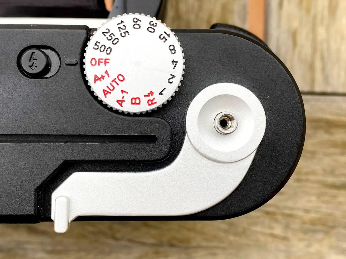 MiNT Instakon RF70 - Dials