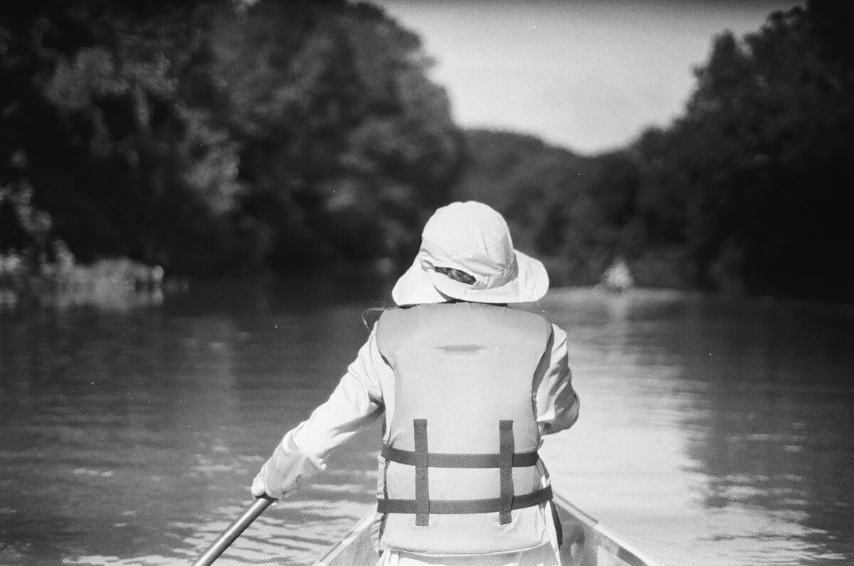 5 Frames... On the Buffalo River with ILFORD HP5 PLUS (35mm Format / EI 400 / Nikon EM + Nikon Series E 50mm F/1.8) - by Chase Taylor
