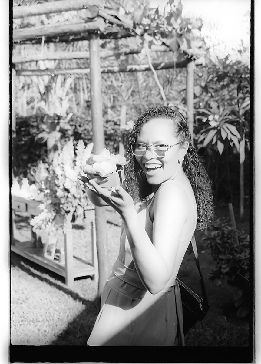 5 Frames... From my wedding day just before I got married (ILFORD FP4 PLUS / 35mm Format / EI 125 / Canon 3000N + Canon 35-80mm f/4-5.6) - by Matheus de Souza