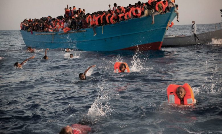 Photo of Arbitrary detention of migrants in Libya is criticized by Human Rights Watch