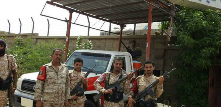 Military police intensify deployment in the streets of Taiz