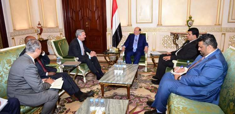 President Hadi Receives UN High Commissioner for Refugees