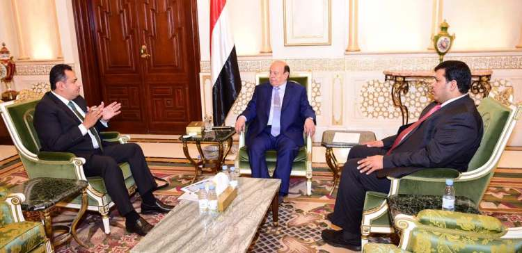 President stresses imperative of ministries' contribution to life normalization
