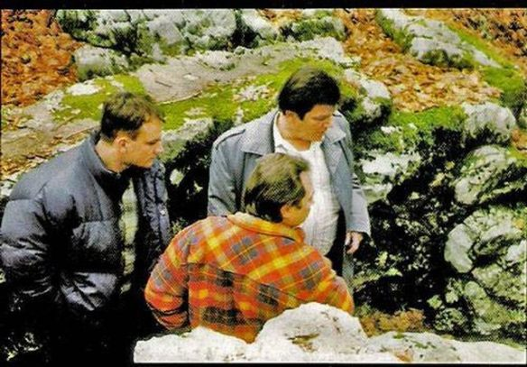Milan Levar shows Hague investigators (1997) cave where corps were thrown Serbs killed.