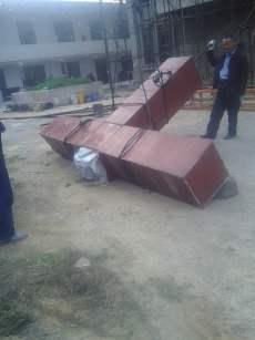 The forcible removal of cross of Shenjiagang Church in Long'an, Anyang, Henan. (Photo 6)