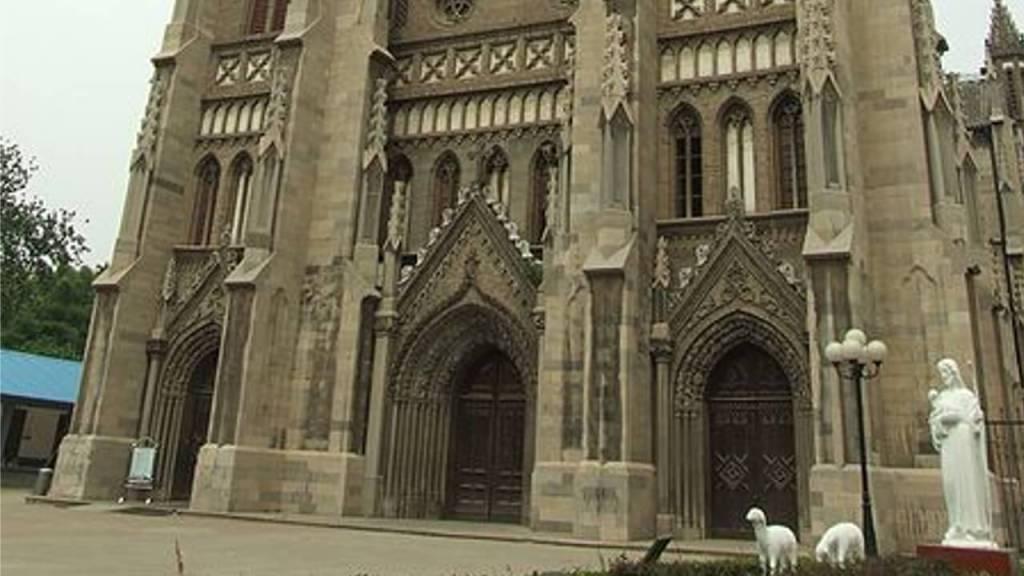 Sacred-Heart-Cathedral-Jinan